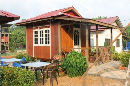 D'Dilla Camping Resthouse & Chalet Muar
