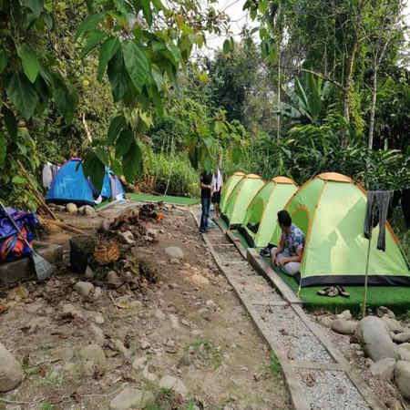 campsite tepi sungai lepoh